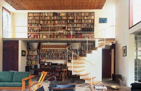 反重力樓梯